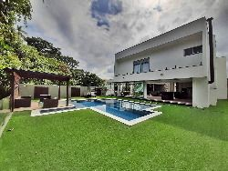 Casa em Riviera, M12, 450M², 05 Suítes