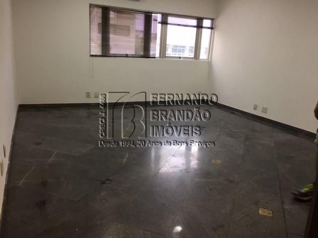 sala Olegário 303 B  (16).JPG