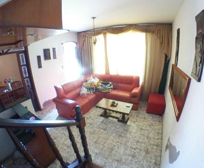 Casa em Hamilton - Itabira
