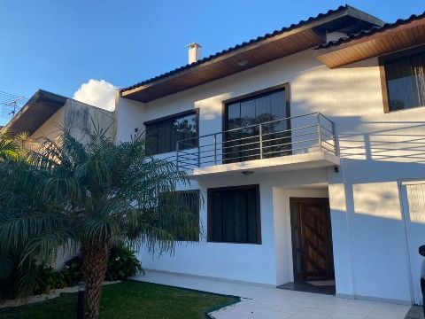 Excelente casa térrea no Guabirotuba!