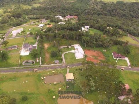 Chácara - São Jose dos Pinhais.