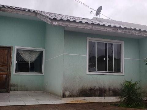 Residência em Condomínio - Fazenda Rio Grande.