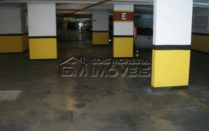 Garagem sub-solo