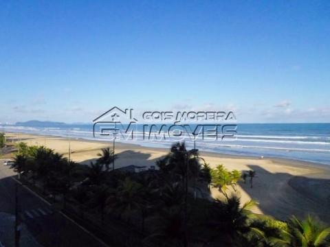 Excelente apartamento 3 dormitório sendo 1 suíte com frente total para o mar, no bairro Vila Mirim em Praia Grande, vizinho ao bairro Vila Caiçara.