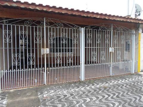 Casa 2 dormitórios - suíte - 2 vagas garagem coberta