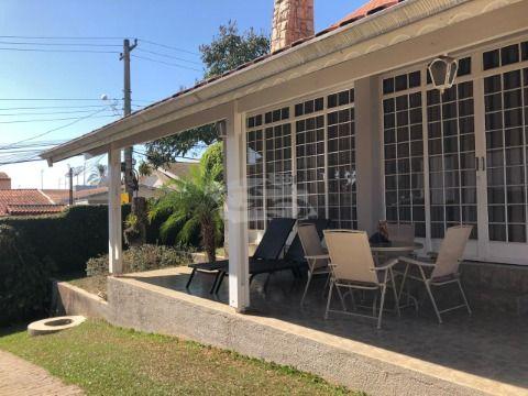 Casa à Venda com 305 m², 3 Quartos, Suíte, Piscina Aquecida - Caxambu / Jundiaí - SP