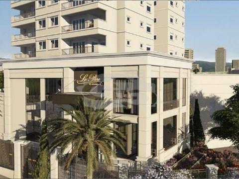 Apartamento à Venda com 130m², 3 Suítes no Condomínio Le Parc Jundiaí / SP
