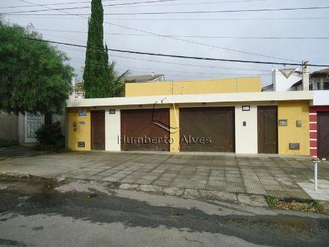 Casa em Candeias - Vitória da Conquista