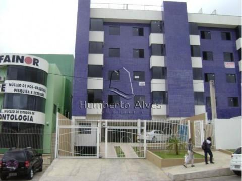 Apartamento duplex no Candeias