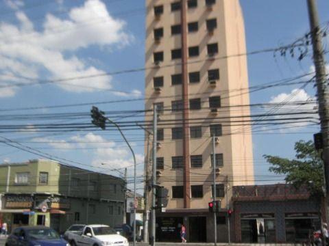 SALAS COMERC. AV. GAL. CANEIRO, 803 R$ 605