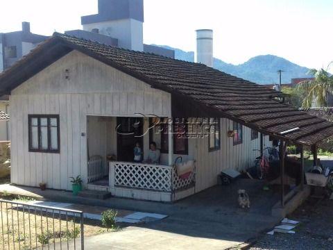 Terreno com casa de madeira - Água Verde, Jaraguá do Sul