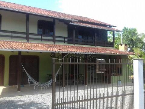 Sobrado 1 Suíte + 3 dormitórios - Pinheiro, Barra do Sul