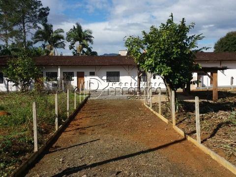 Terreno c/ 4 Quitinetes - Rau, Jaraguá do Sul
