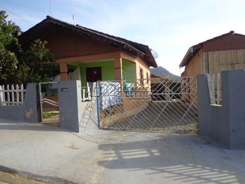 2 Casas em Alvenaria - Seminário, Corupá