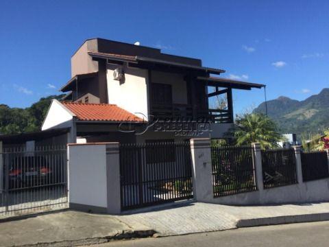 Sobrado - 1 Suíte Master + 3 dormitórios, Vila Baependi, Jaraguá do Sul/SC