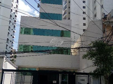 LINDO PRÉDIO COMERCIAL EM EXCELENTE LOCALIZAÇÃO.
