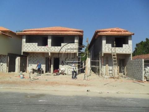 Casa Sobreposta em Melvi - Praia Grande