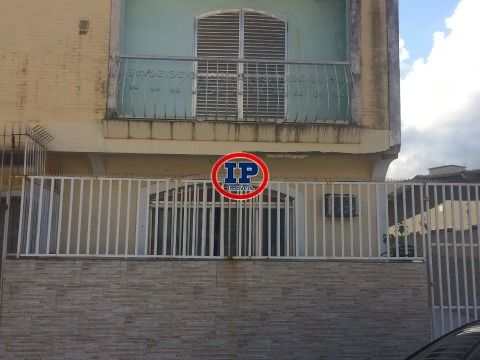 Casa Sobreposta em Caiçara - Praia Grande