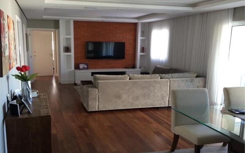 Belíssimo apartamento mobiliado e finamente decorado para venda ou locação no Morumbi!!