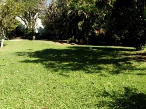 Terreno residencial à venda, Condominio Flamboyant so R$ 590 mil