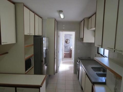Apartamento  residencial para locação, Jardim Guedala, São Paulo.