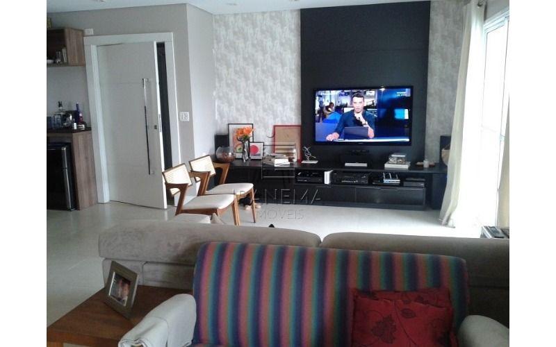 Lindo apartamento bem localizado com PERMUTA!