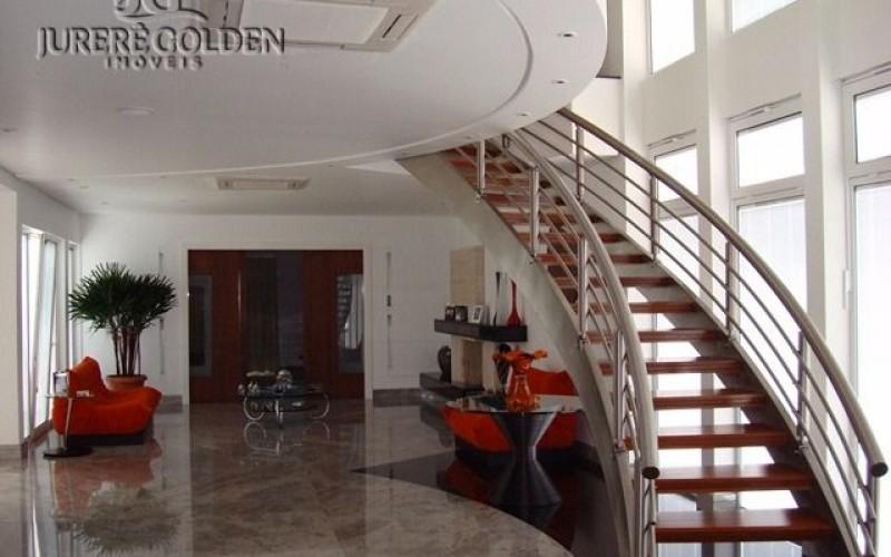 Interior escada 1 (1).JPG
