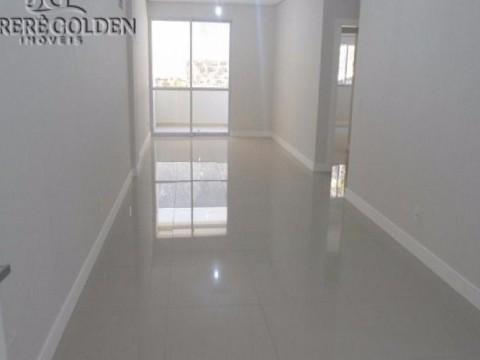 Apartamento novo a apenas 200 metros da Praia de Jurerê, Florianópolis!!!