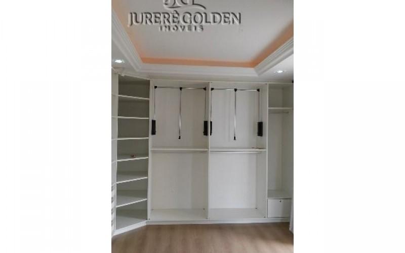 Suíte master - Closet 1