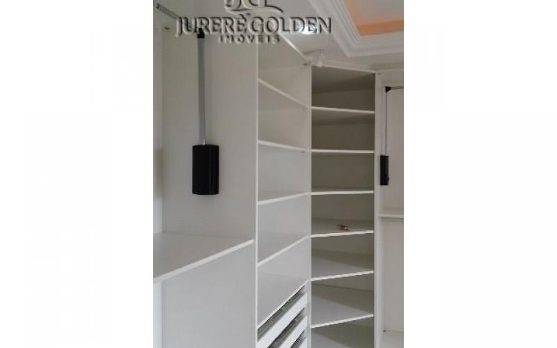 Suíte master - Closet 2