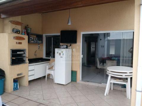 Casa em Condominio em Res. Vila Nova - Caçapava