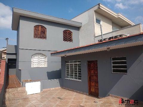 Casa assobrada à venda na Vila Jaguara.