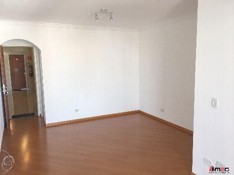 Ótimo apartamento na Pompéia com 3 dormitórios e 2 vagas.