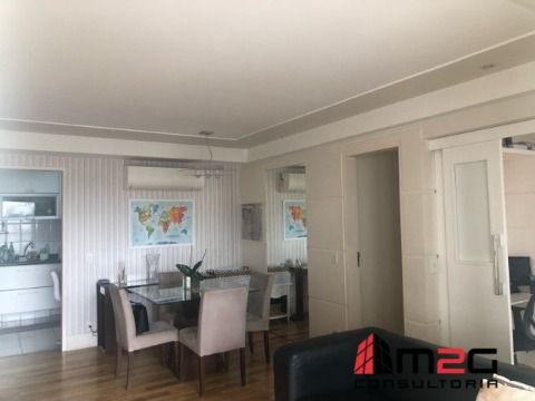 Apartamento de 3 Dormitórios e 2 Vagas para Venda na Vila Ipojuca