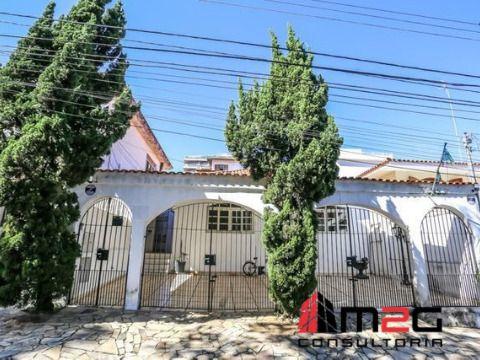 Casa térrea de 250 m²AC entre o Alto de Pinheiros e Vila Madalena.