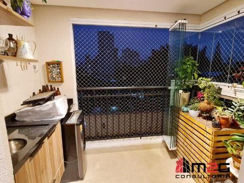 Apartamento de 2 Dormitórios e 2 Vagas para Venda na Vila Ipojuca