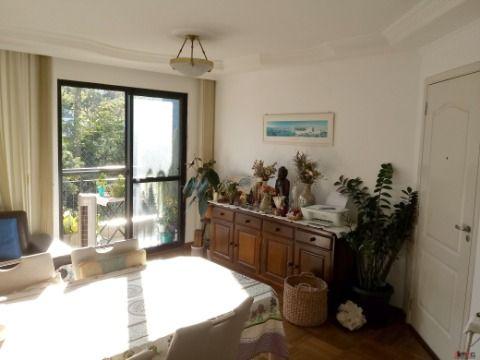 Apartamento de 3 Dormitórios com 2 Vagas para Venda na Vila Ipojuca