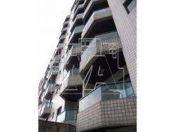 Amplo Apartamento no Canto do Forte - 03 Quartos 01 Suíte