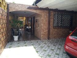 casa bem localizada , zona 2  , pertinho da Av. Kennedy , bairro aviaçao