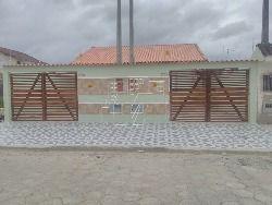 casas novas , em Itanhaém ,com dois dormitórios e demais dependências  , garagem para dois carros .