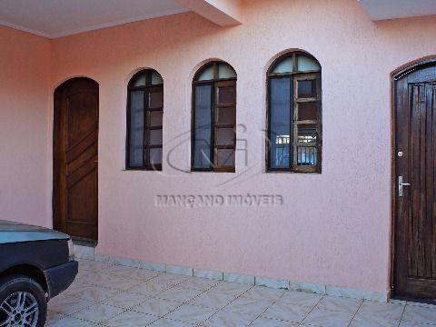 Ótima casa térrea em Atibaia com boa localização