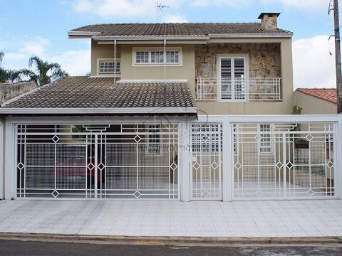 Ótima casa à venda em Atibaia. Estuda troca por apartamento em SP