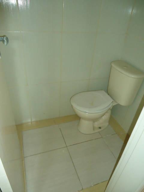 16 wc suite
