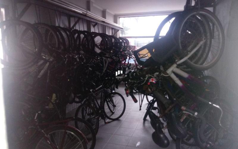 19 Bicicletário