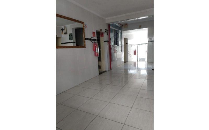 08 Hall
