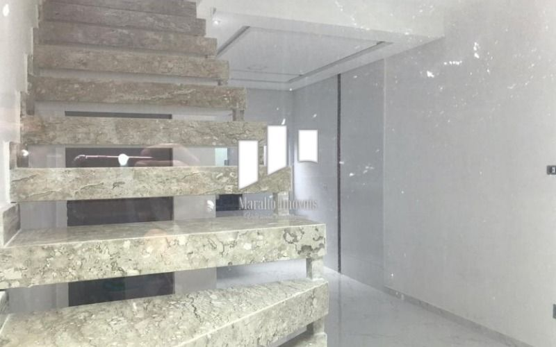 10  acesso ao piso superior.JPG