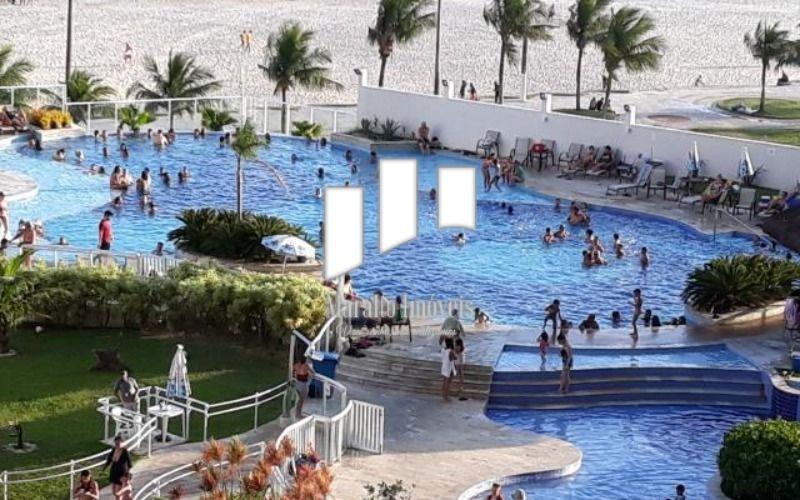 11  piscinas