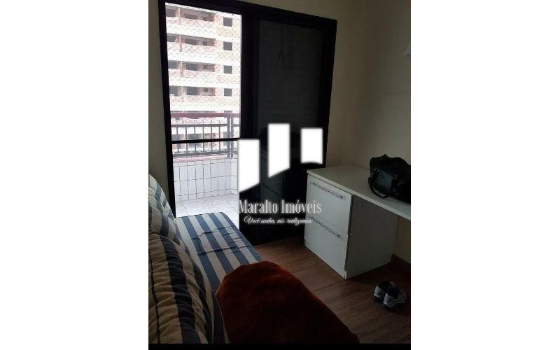 8 Dormitório 2.webp