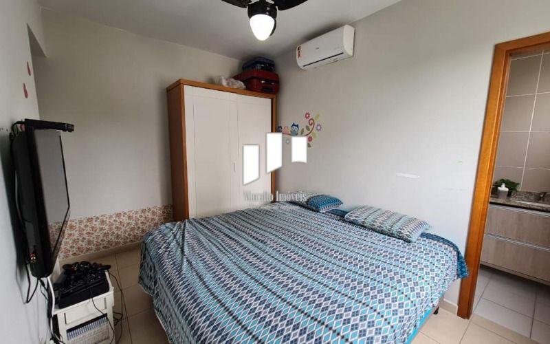 04 dormitorio casal.jpeg