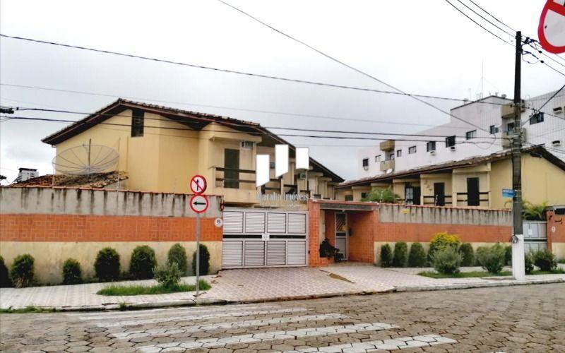 Lindo sobrado de 2 dormitórios em condomínio com piscina na Guilhermina em Praia Grande SP.